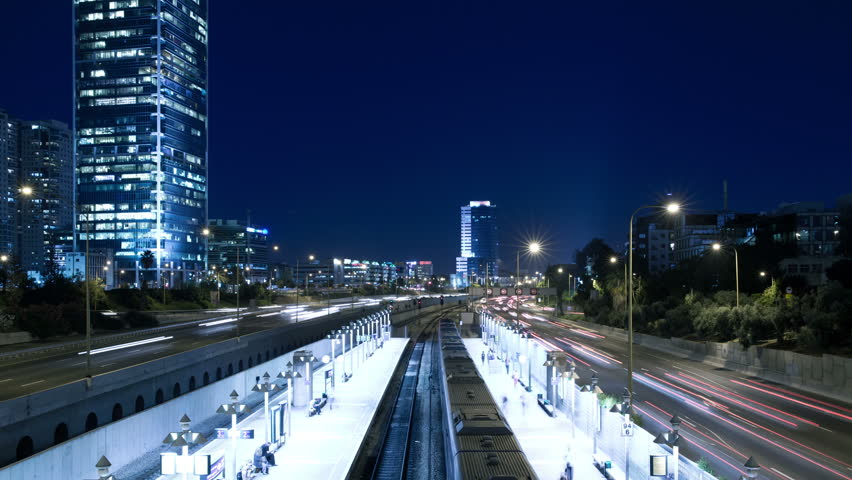 4K Time Lapse of Tel Aviv HaShalom Railway Station and Traffic on Ayalon Freeway