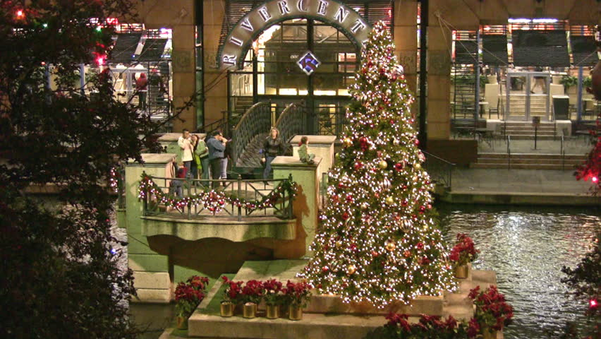 video of island in san antonio river at downtown mall christmas