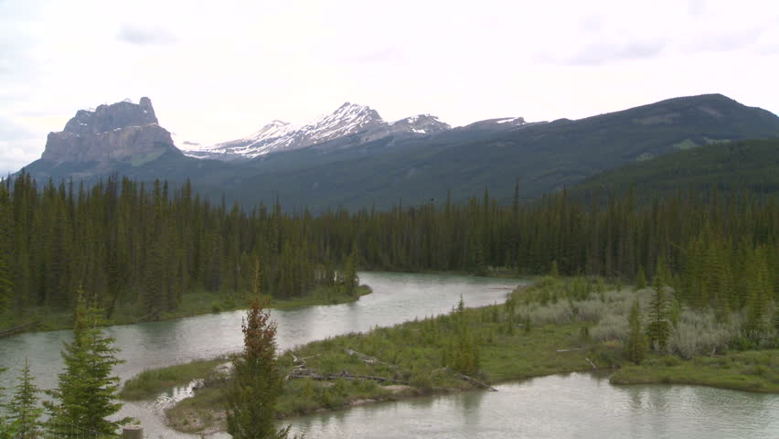 river and mountains, Banff