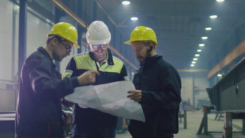 Resultado de imagem para industrial worker team