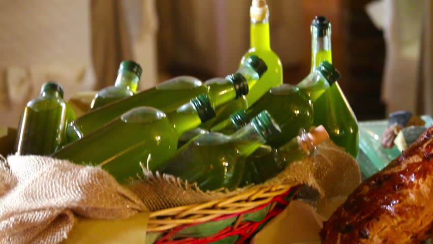 Food From Tuscany - Video clip of various food specialties from Tuscany, Italy.