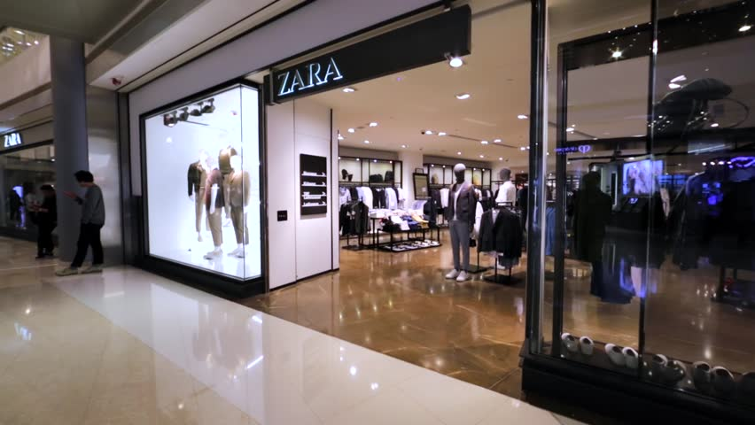 Zara is a line of trendy apparel from men, women and kids. Choose from a wide range of coats, blazers, dresses, jeans, t-shirts, shoes, handbags and accessories. Check out the online store to see the entire Zara .