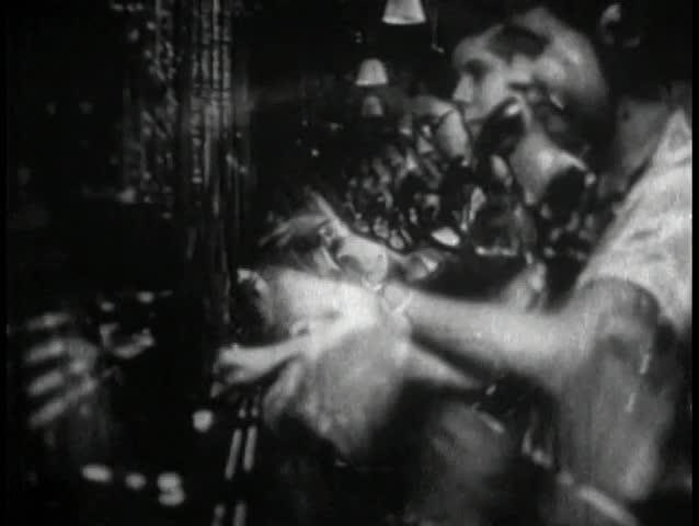 1940s swtichboard operators