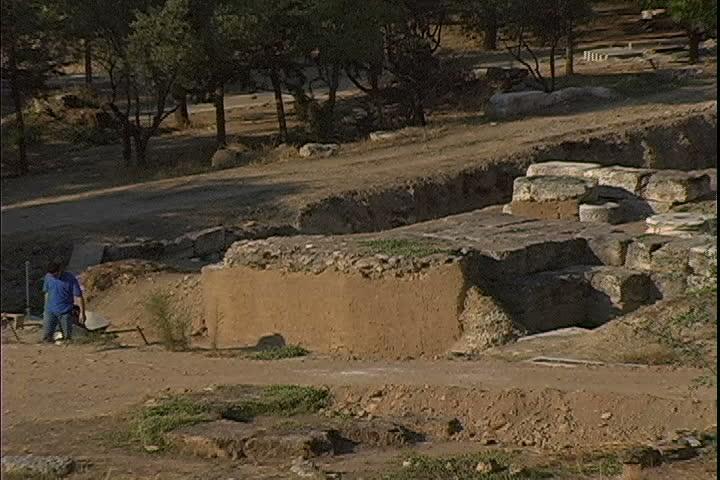 Historic Excavation zoom   Shutterstock HD Video #2032570