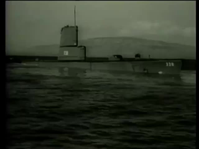 US submarine submerges Pearl Harbor Hawaii circa 1958-MGM PICTURES, UNIVERSAL-INTERNATIONAL NEWSREEL, USA, filmed in 1958 - SD stock video clip