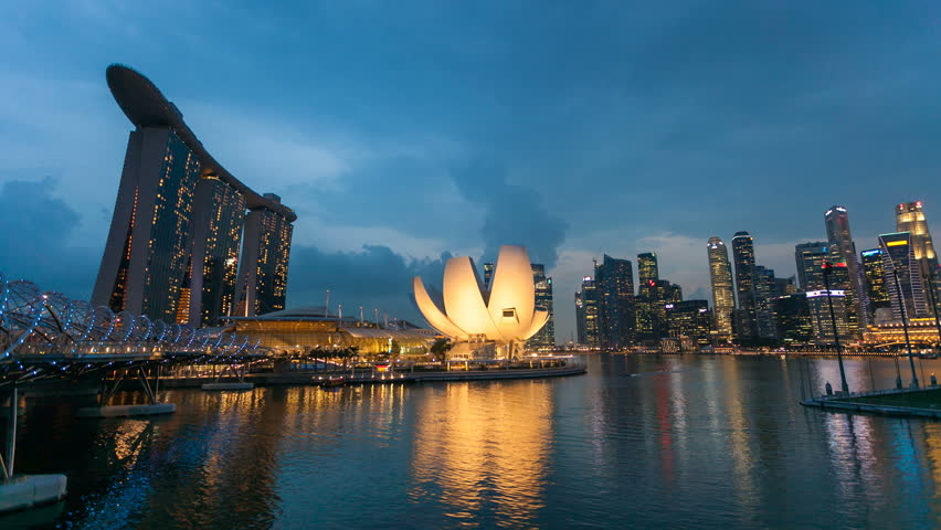 Timelapse - Singapore Marina Bay as Night City Skyline