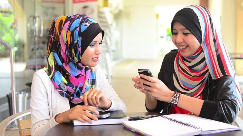 Cal Muslim Asian Women 106