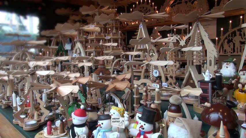 LUDSWIGBURG, GERMANY - CIRCA DEC 2012: Christmas pyramid a Christmas pyramid at the christmas market of Ludwigsburg ( Germany , Europe ) December 2012 - HD stock video clip