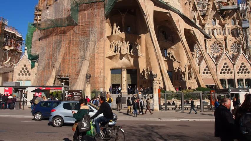 San jose costa rica may 6 2015 people walking on main - Barcelona san jose ...