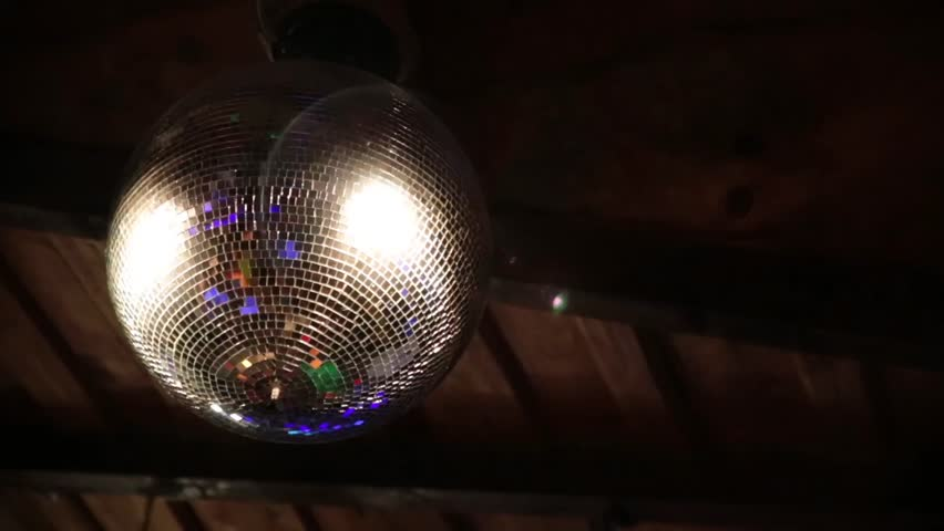 Moving discoball