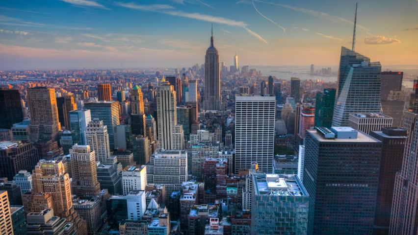 4K UltraHD A beautiful timelapse of nightfall in the heart of Manhattan