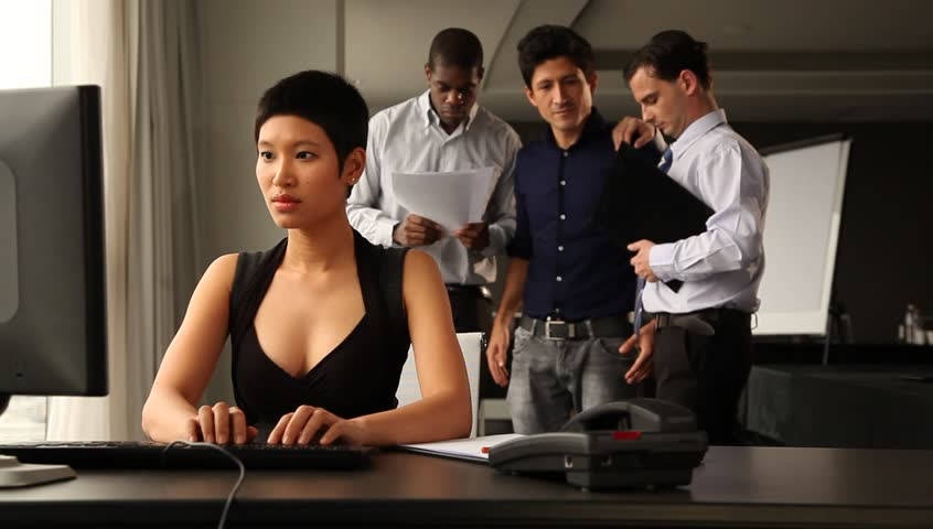 Asian office worker submited to a precise bds