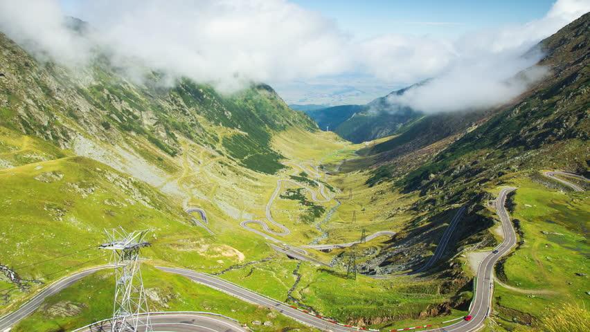 Spectacular view of Transfagarasan road - 4K Timelapse