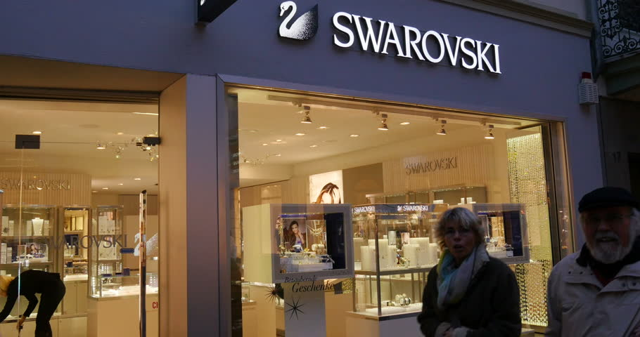 hong kong china circa june 2014 swarovski store. Black Bedroom Furniture Sets. Home Design Ideas