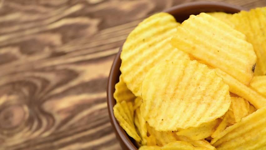 Potato chips, close-up - the rotation